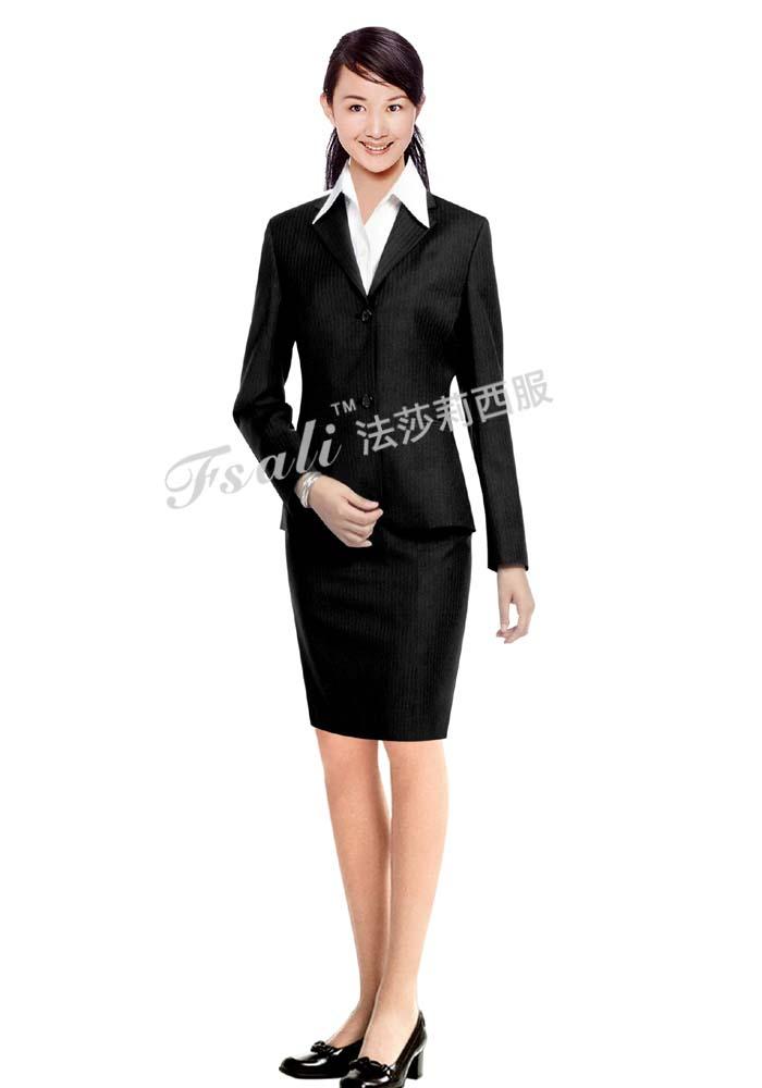 订做西服 :物业经理服
