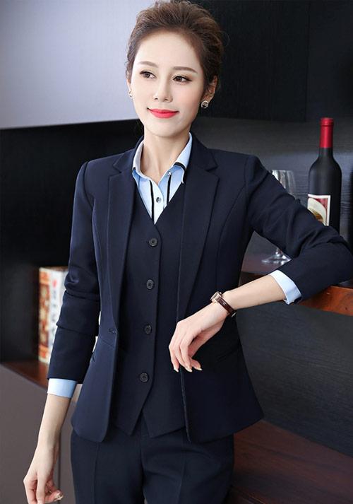 酒店经理制服3