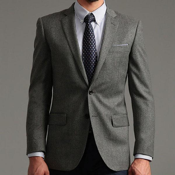 选择定制男士西装需要了解一些定制攻略。