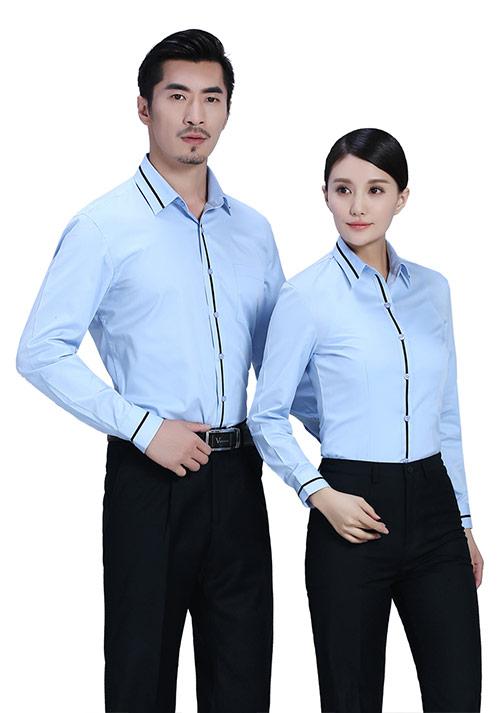 如何选择定制衬衫的质量和款式